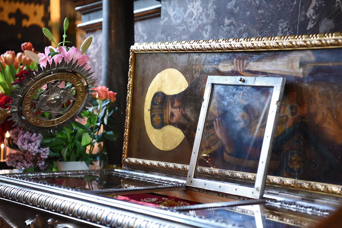 Акафіст святому священномученику Макарію у Володимирському соборі