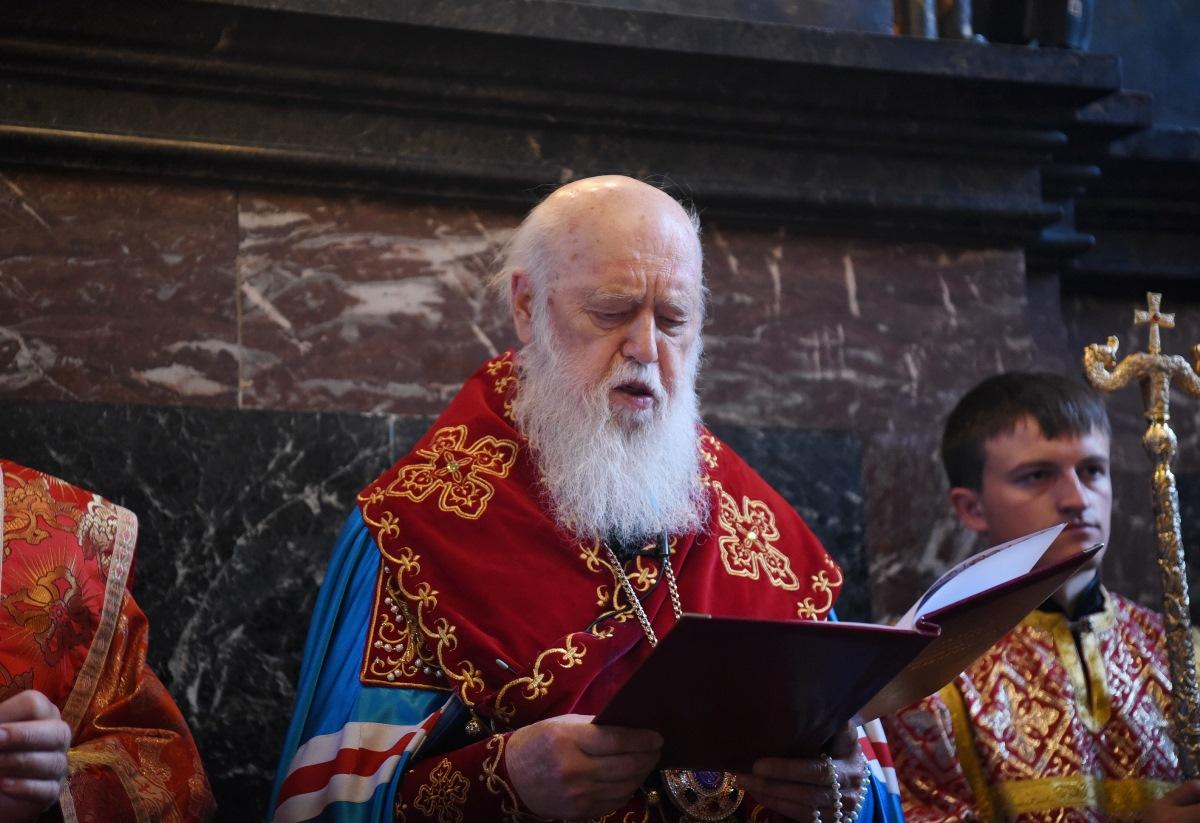 Святійший Патріарх Філарет очолив читання акафісту святому священномученику Макарію