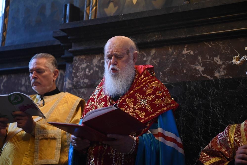 Патріарх Філарет звершив читання акафісту святій великомучениці Варварі