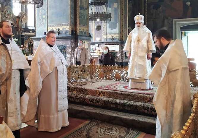 У Володимирському соборі звершено молебень за дітей