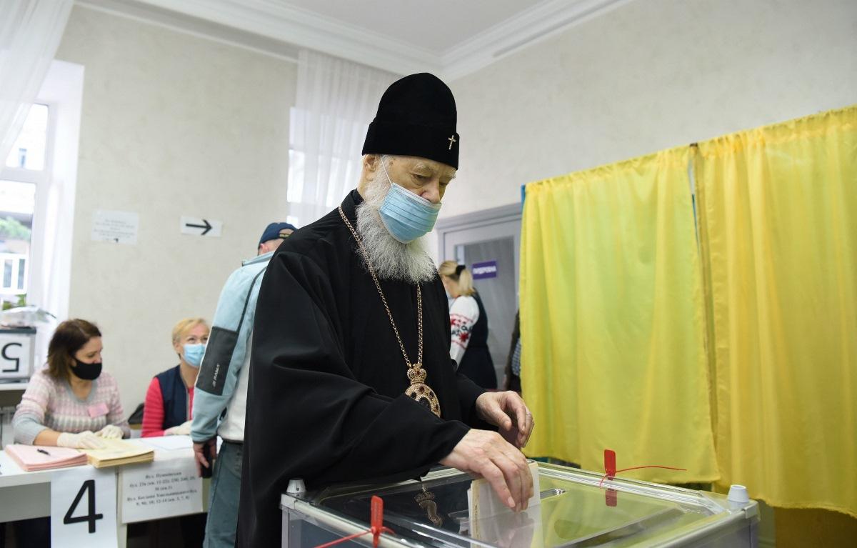 Святійший Патріарх Філарет проголосував на місцевих виборах України