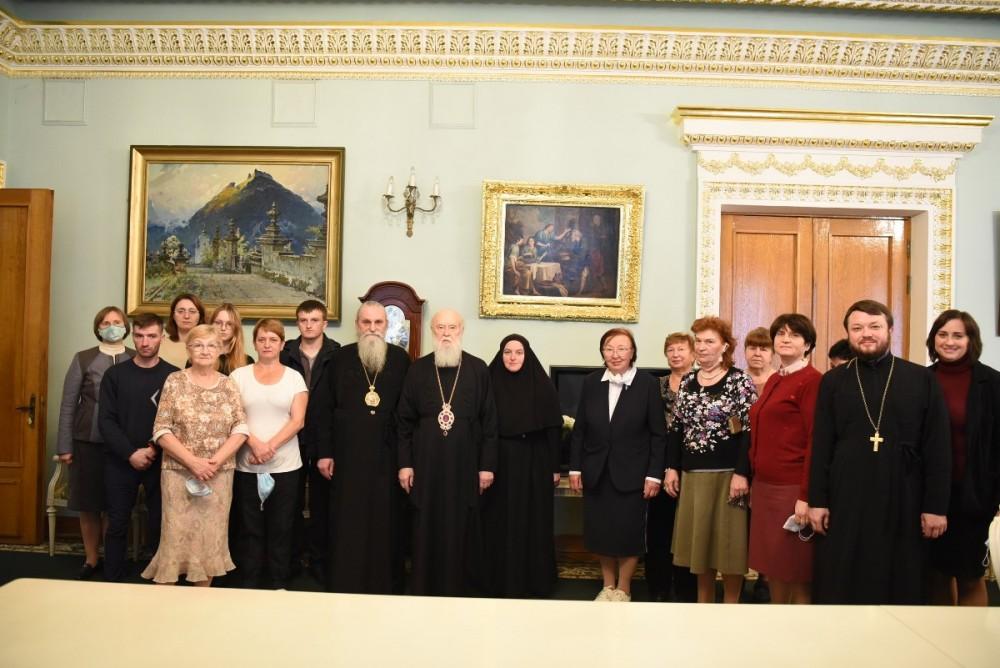 Працівники Київської Патріархії привітали Патріарха Філарета з 25-річчям інтронізації