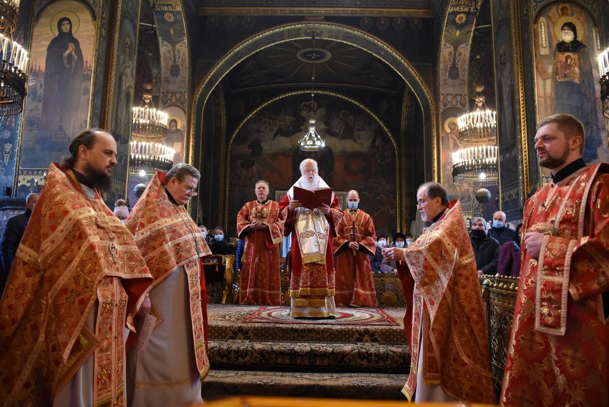 Патріарше богослужіння у день свята Собору Архістратига Михаїла та iнших Небесних Сил безплотних