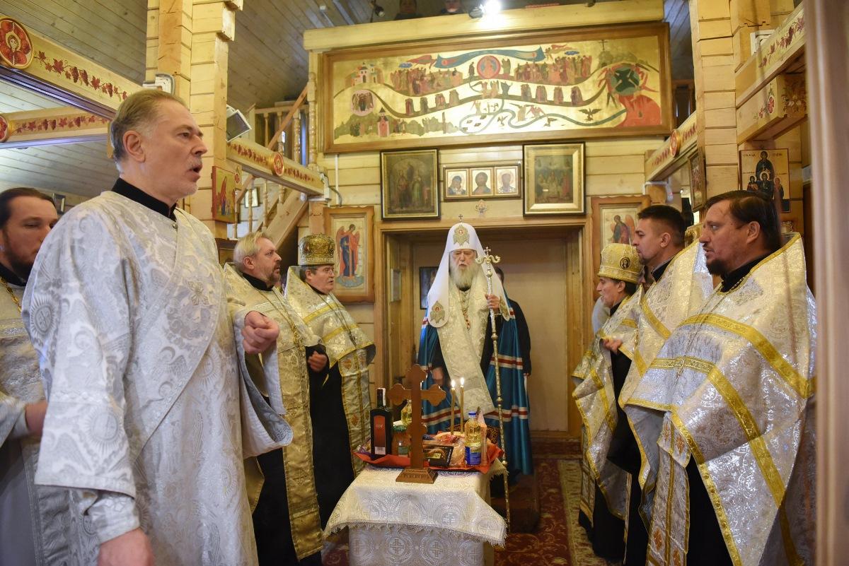 Патріарх Філарет звершив панахиду у 40-й день з часу упокоєння протоієрея Сергія Станкевича