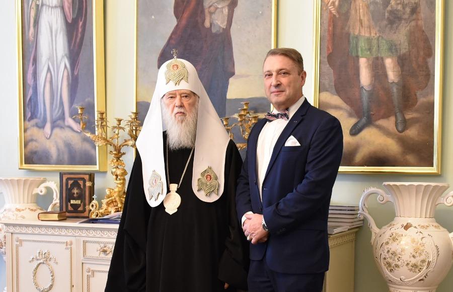 Патріарх Філарет зустрівся з американським військовим діячем Гаррі Табахом