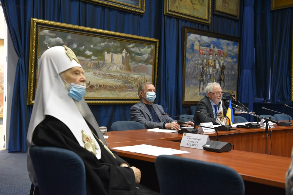 Патріарх Філарет взяв участь у засіданні Поважної Ради «Орден Святого Пантелеймона»