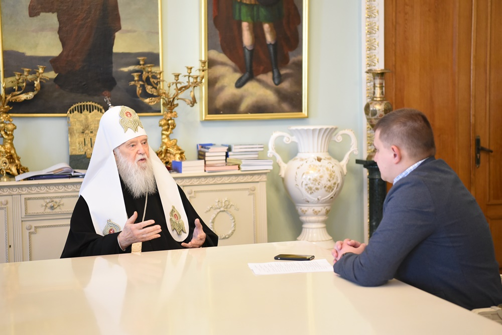 """""""Want to win, hold on to the truth""""– Patriarch Philaret"""