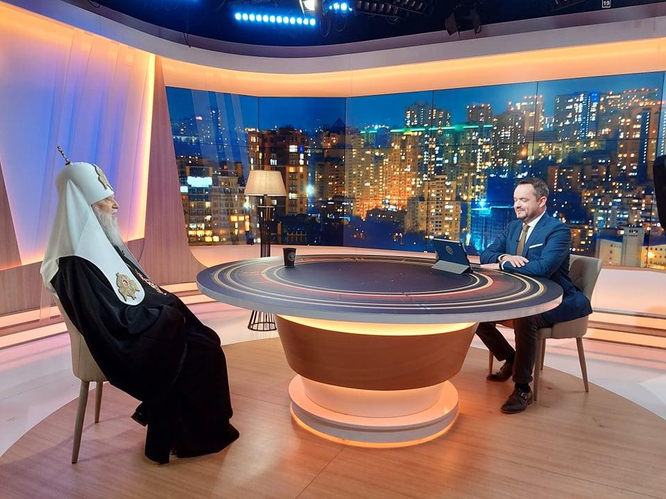 """Патріарх Філарет був гостем програми """"Час Голованова"""" на телеканалі """"Україна 24"""" (ВІДЕО)"""