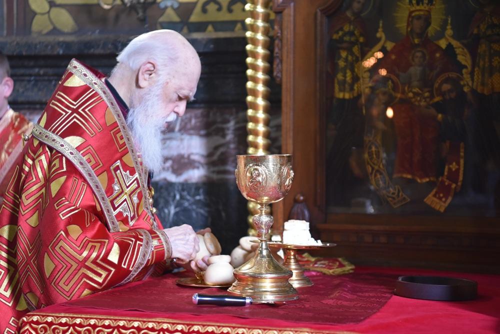 Патріарх Філарет звершив літургію в день пам'яті апостола і євангелиста Іоана Богослова