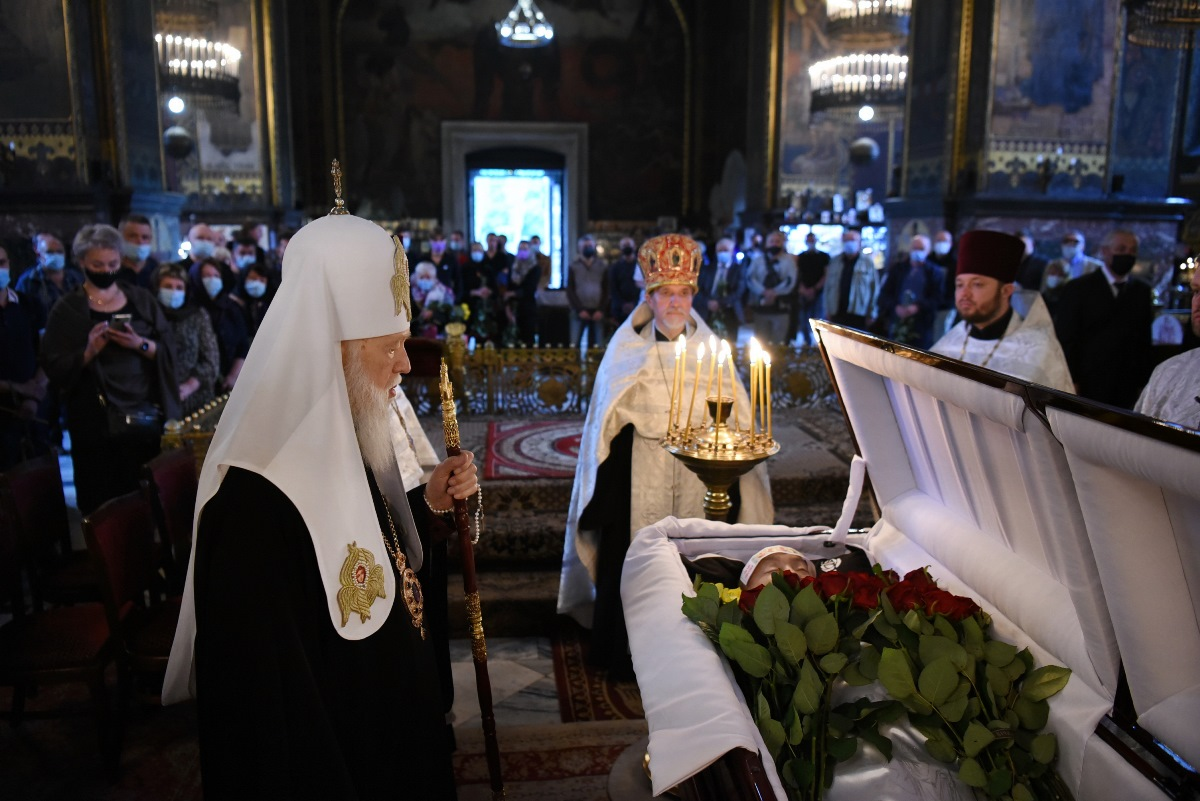 Патріарх Філарет попрощався з парафіянином Володимирського собору і благодійником Костянтином Щегольковим