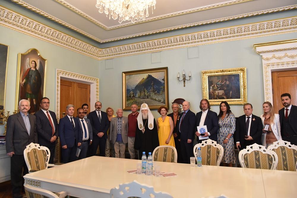 Патріарх Філарет зустрівся з Послами Південно-Африканської та Ліванської Республік в Україні