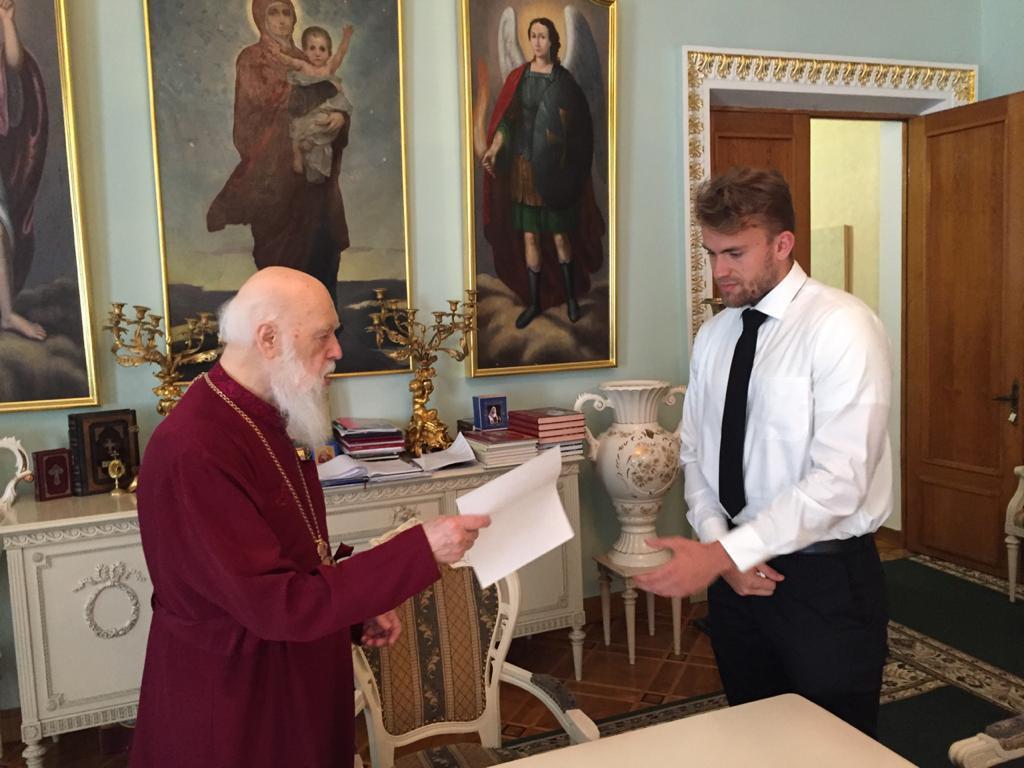 У Вікаріаті УПЦ Київського Патріархату в США та Канаді відроджується Молодіжна організація (UA/ENG)