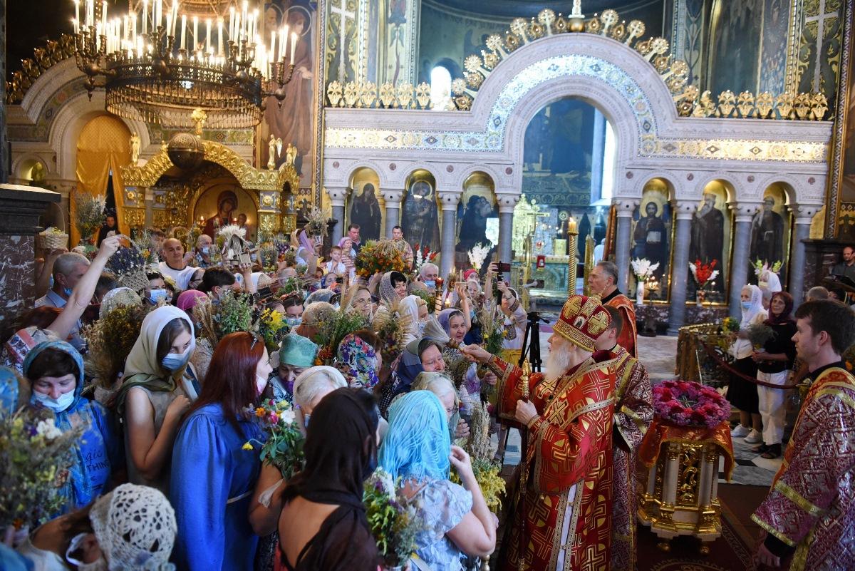 Патріарше богослужіння у свято Винесення чесних древ Животворчого Хреста Господнього