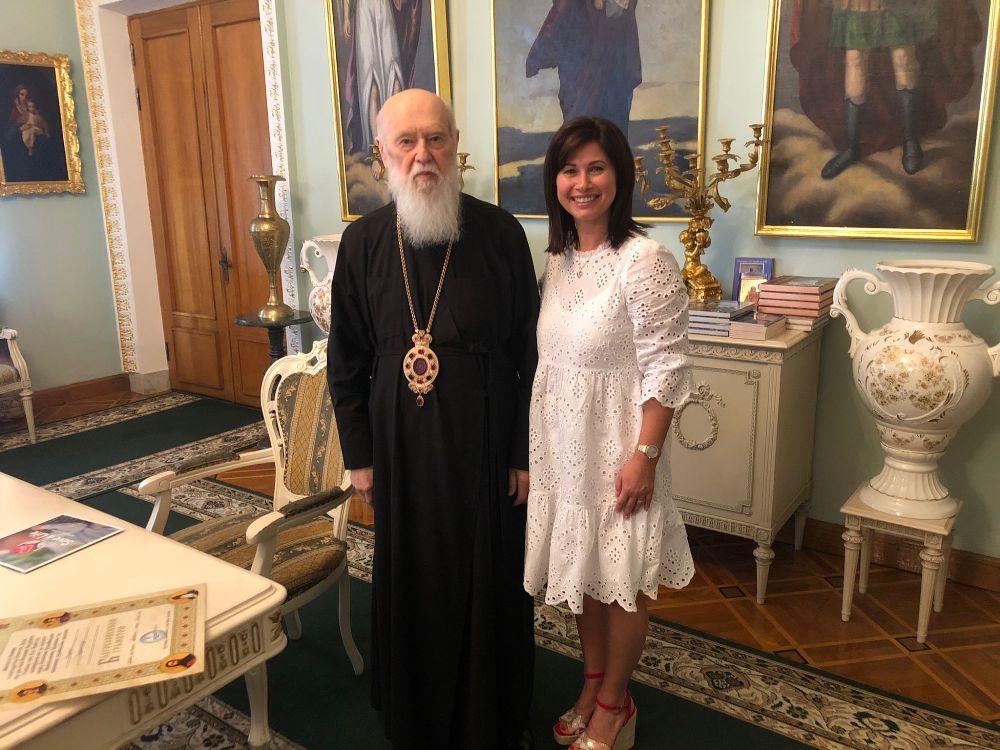 Патріарх Філарет зустрівся з президентом Міжнародної благодійної організації «Врятуй життя» Надією Гординською